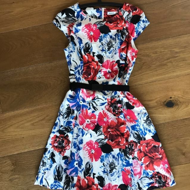 Size 6 Marcs dress