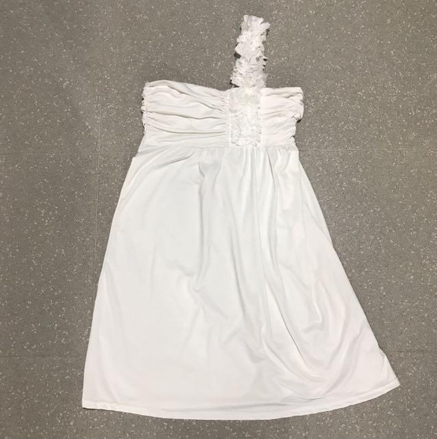 White toga dress, Women\'s Fashion, Clothes, Dresses & Skirts on ...