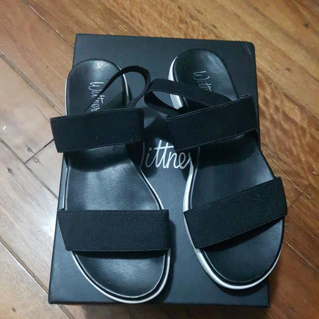 Wittner Shoes Sandals elastic comfy black
