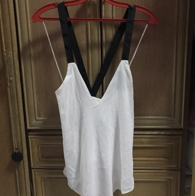 Zara Crossback Top w tags