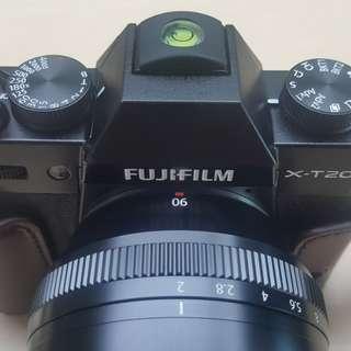 Fujifilm XT 20 XT20 XT-20 Bekas Hitam Body Only BO