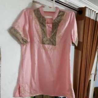 Detail pink dress