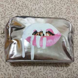Kylie cosmetic pouch REPRICE