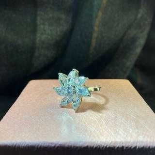 全新水晶戒指