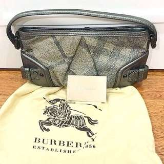 *Reduced*Authentic BURBERRY tote bag