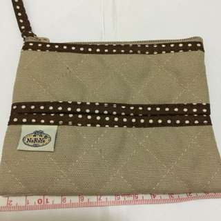 Naraya Pouch (with Tissue holder)
