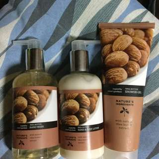 Marks & Spencer Shea Butter Set