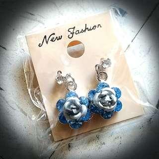 藍花耳環 Blue Flower Ear Rings