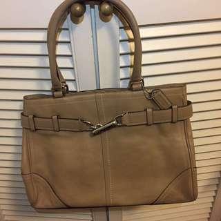 Coach handbag 米啡色皮手袋