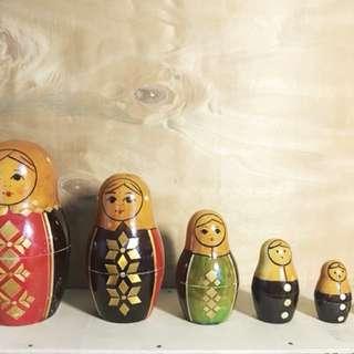 Nesting Dolls Set