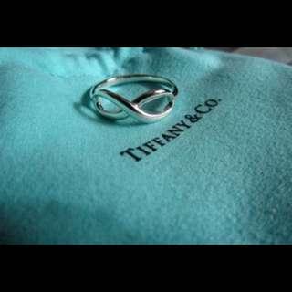 Tiffany & Co Infinity Ring