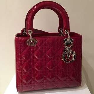 全新Lady Dior  9.5 x 5 X 8 吋 酒紅色(有單有盒全齊)