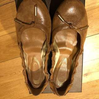 Authentic TOD ballerina golden brown leather shoes