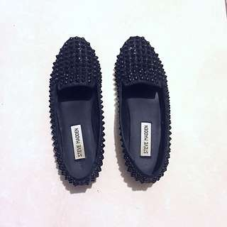 Steve Madden spiked loafers size 6