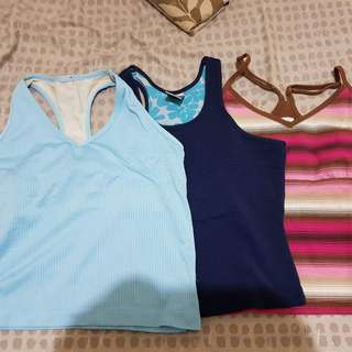 Assorted Nike & North face gym top