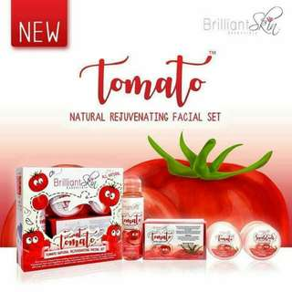 Tomato Rejuvinating Facial Set (on hand)