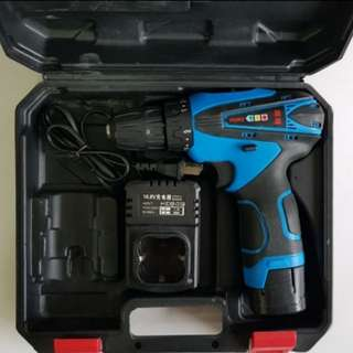 Pre-owned 16.8V 1.5Ah Li-ion Cordless Drill/Drivel