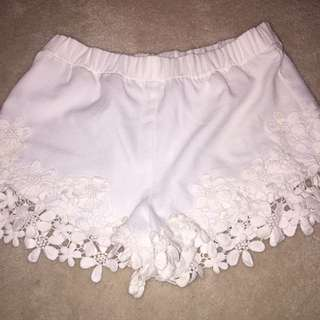 Zara lace bottom shorts