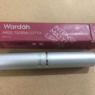Wardah intense matte lipstick pink