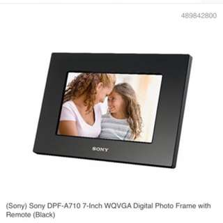 Sony electronic photo frame-clock DPF A710