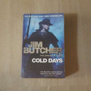 The cold days- Jim Butcher