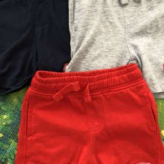 Boys' shorts (9 to 12 months)