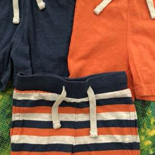Boys' shorts (6 to 9 months)