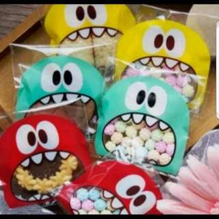 Self Adhesive Cookie Wrapper -sweet monster (4 colors)