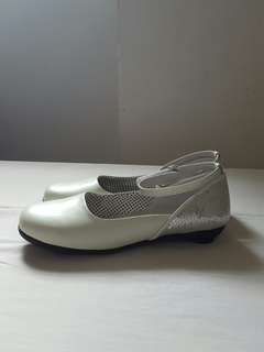 Young ladies' shoes