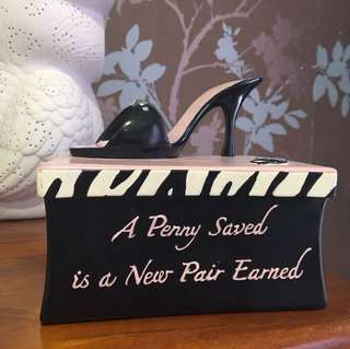 Stiletto money box