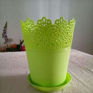 Flower Pot - Plastic