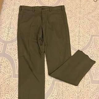 Uniqlo Men Navy Green Chino Pants