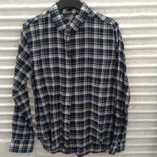 Uniqlo Plaid Flannel Large
