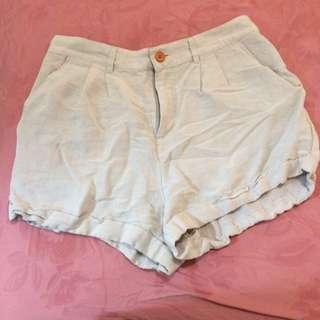 Elwood cream/beige shorts size 14