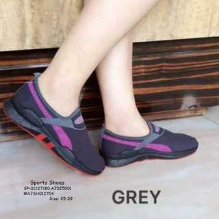Sport shoes size : 35-39
