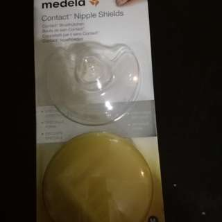 Medela Contact nipple shields (with casing)
