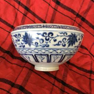 Yuen Era B n W double Phoenix with linked lotus flowers bowl. Authentic artwork 20 cm diameter wide x 10cm high. Slight damage to TOP edges of bowl as seen in the photo. Special price 2500. Offer to seller