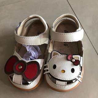 Hello kitty shoe EU24 brand new