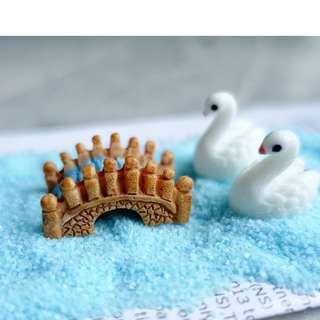 [Instock] Terrarium figurine little bridge - blue brown