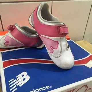 PUMA女童鞋