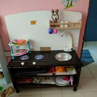 Kitchen table for kids