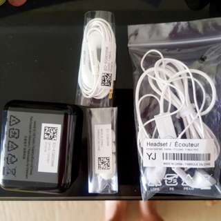 Brand New Unused Samsung Earpiece earphones