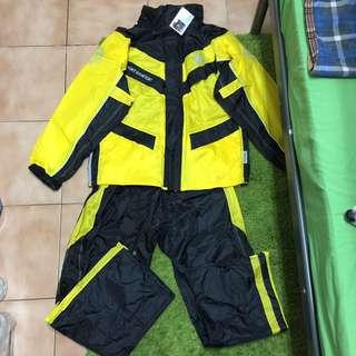 🚚 3M雨衣