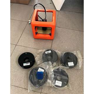 M3D Micro 3D Printer & 5 Packets of Filament (2 already open, 3 Brand New)