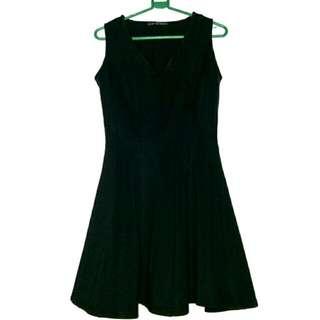 coMMog black dress