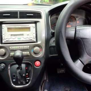 Honda stream  2004