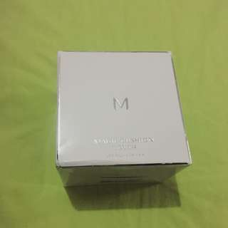 Missha's Magic Cushion (with refill)