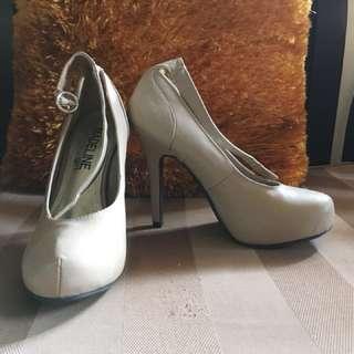 Beige Closed-toe Heels