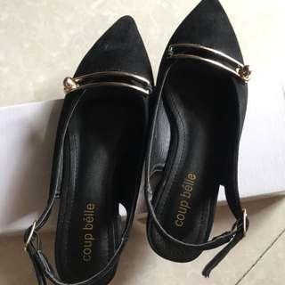 Flats Black