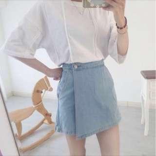 淺藍色牛仔褲裙